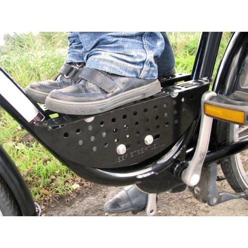 Meefietsertje eenvoudig voorop de fiets.