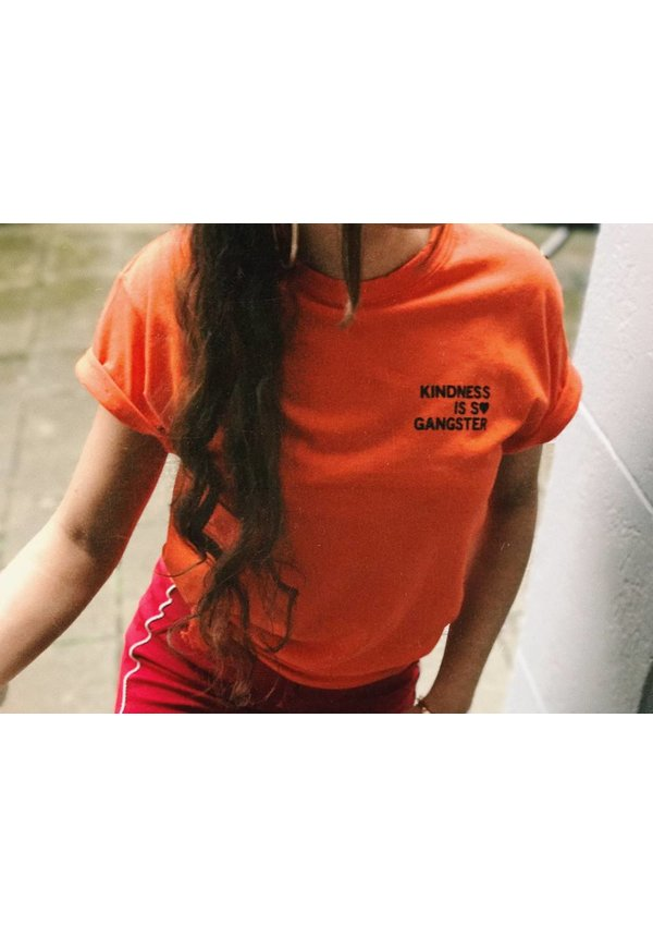 KINDNESS IS S♥ GANGSTER T-SHIRT