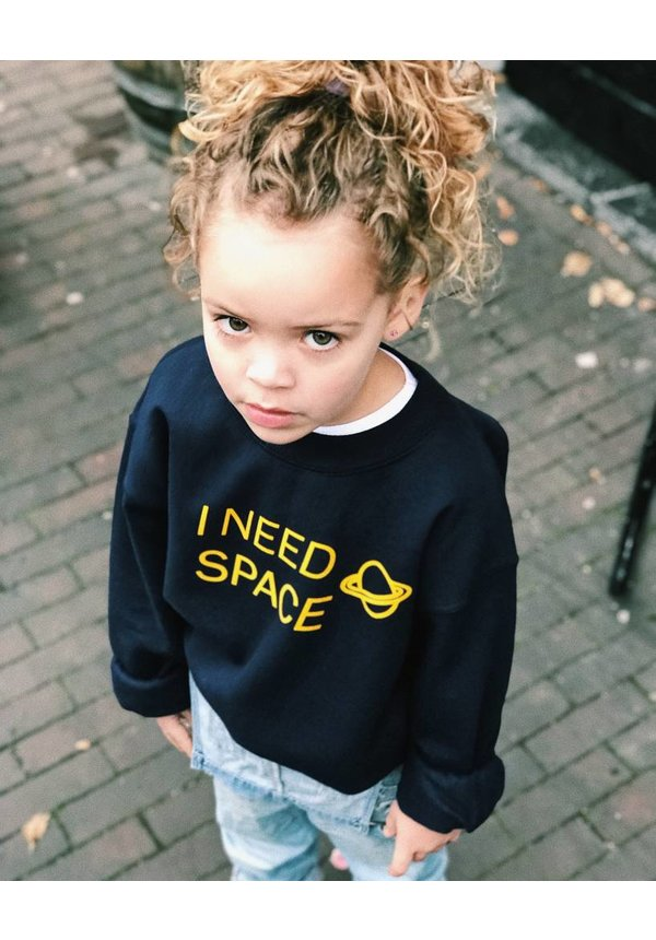 I NEED SPACE SWEATER