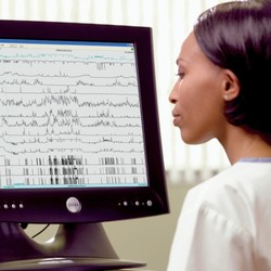 SleepLab / EEG
