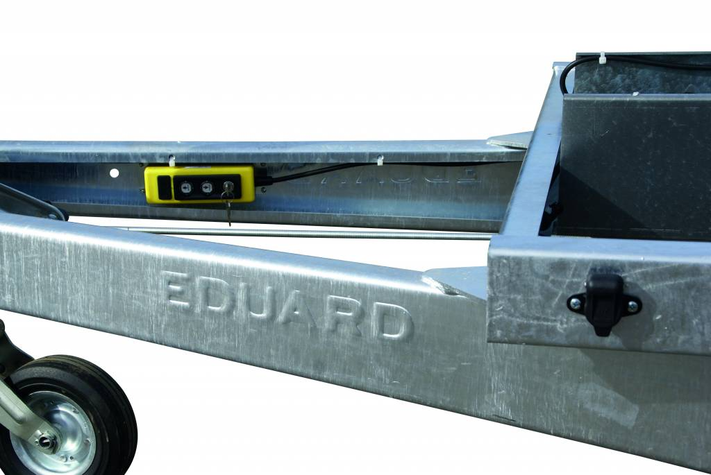Eduard Eduard achterwaarts kipper 2700 kg electrisch & handpomp