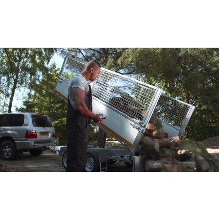 Eduard Eduard 3-zijdige kipper 3000 kg electrische- & handpomp