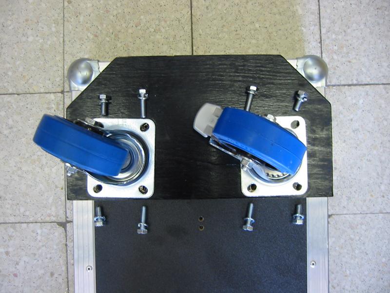 zwenkwielen monteren simple bokwielen zwenkwiel bokwiel aanhangwagendirect.nl sterk zwaar compleet goedkoop snel gevelerd