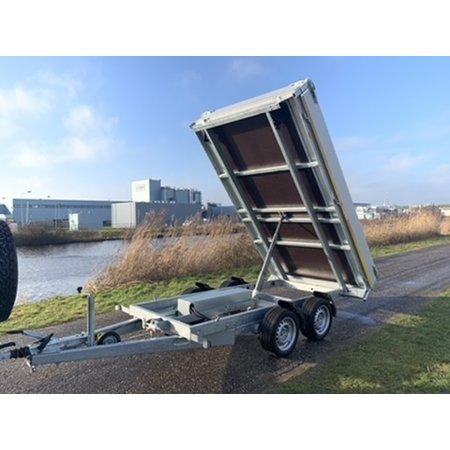 Eduard Achterwaartse kipper 310x160 cm - 2000 kg - elektrisch - voorzien van 30 cm borden - inclusief oprijplaten