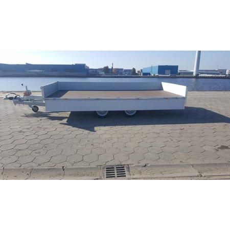Eduard Geremde Eduard multitransporter - 456x220 cm - 3000 kg bruto laadvermogen - 63 cm laadvloerhoogte - 30 cm borden - inclusief oprijplaten