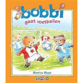 Boeken Bobbi gaat voetballen