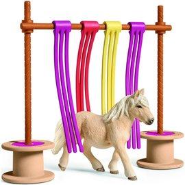 Schleich SL42484 - Pony obstakel gordijn
