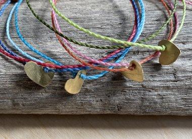 Armband met handgemaakt Messing Hartje
