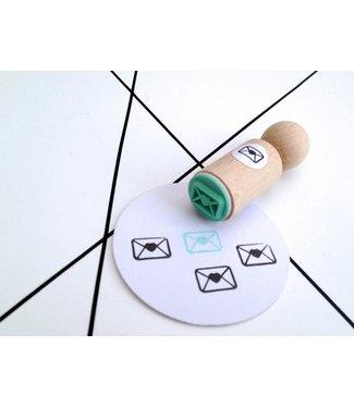 Miss Honeybird Ministempel - envelop met Hartje