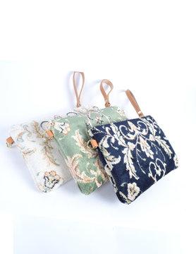 Carpet clutch/shoulderbag  - Flowers