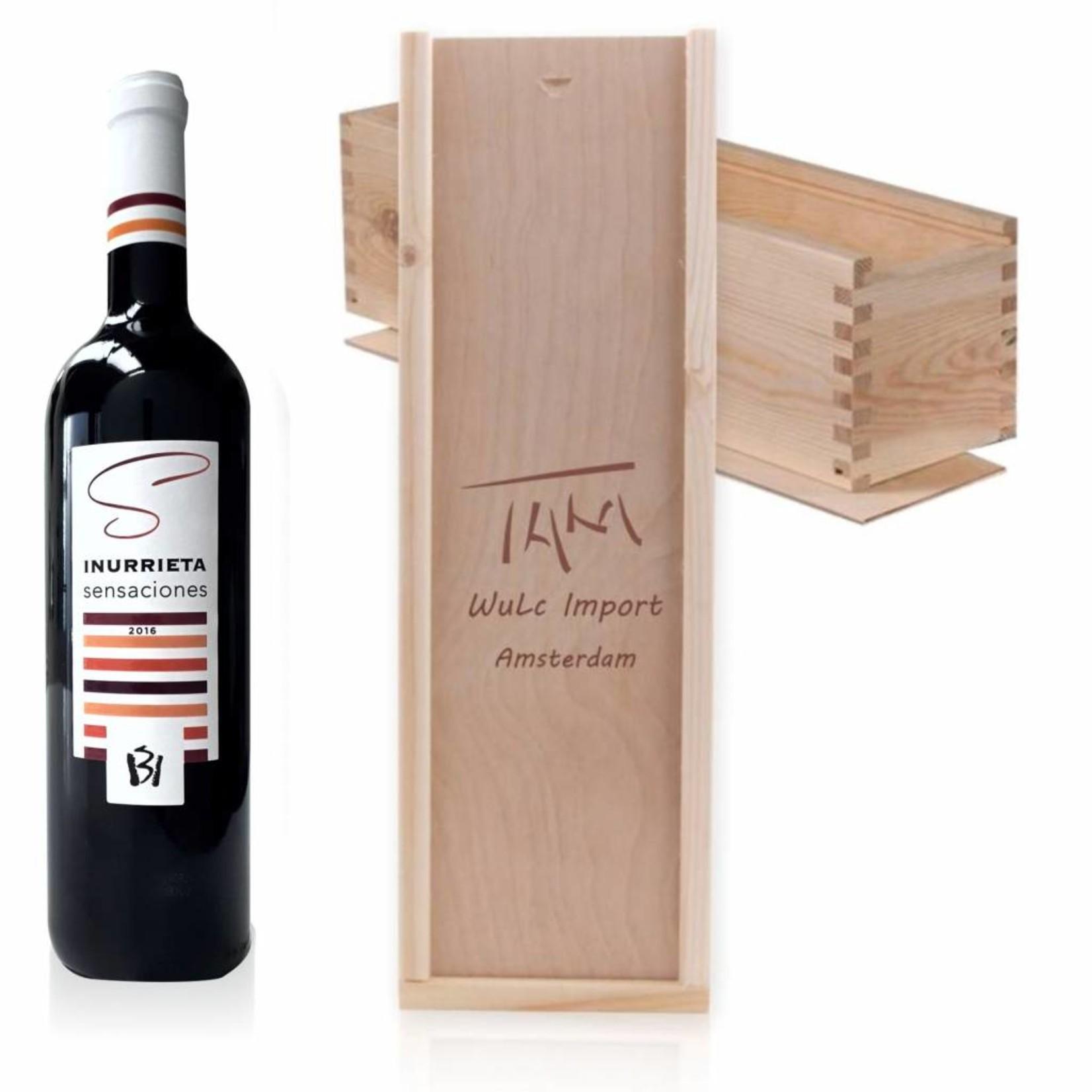 Caisse à vin en bois avec couvercle coulissant