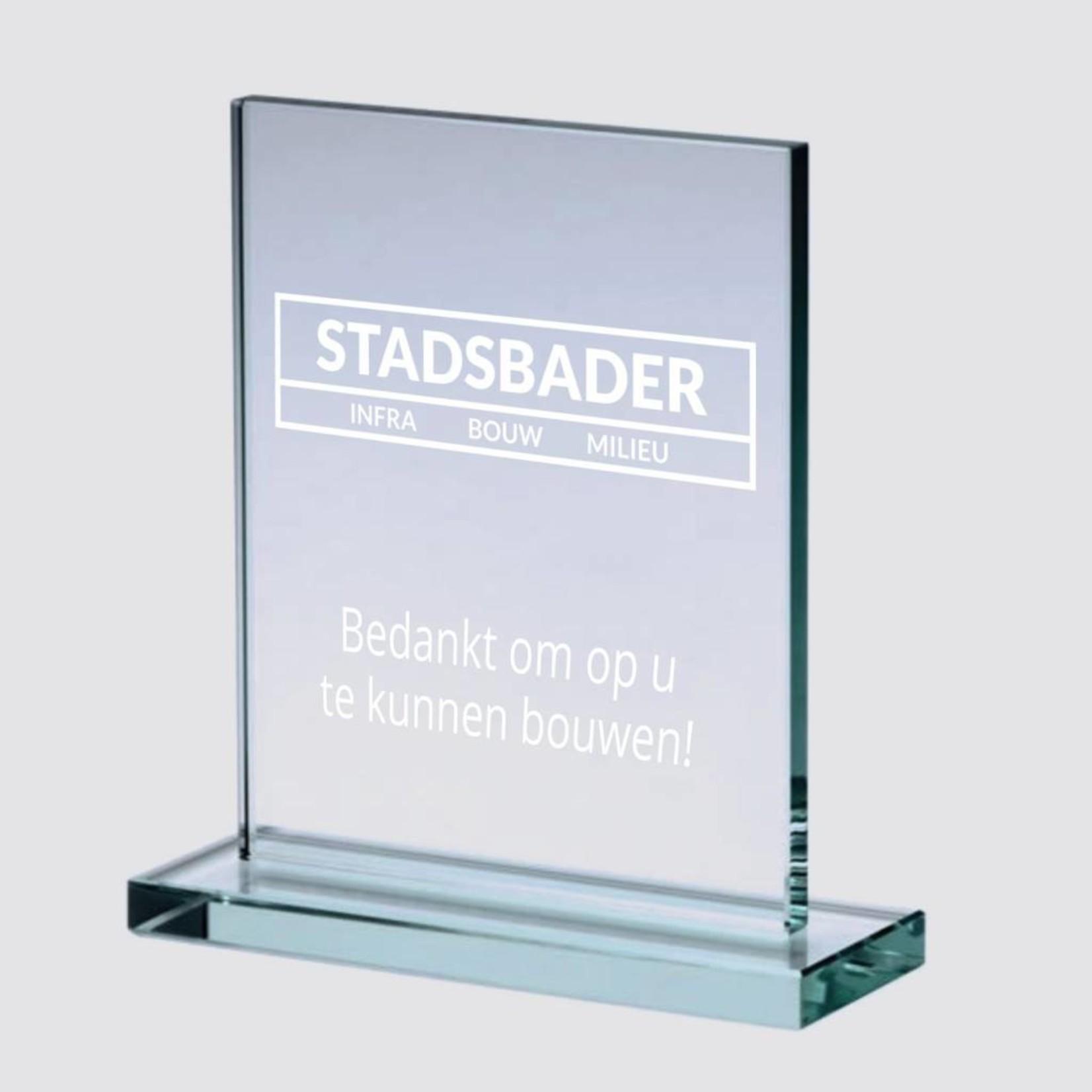 Glazen award met gravering