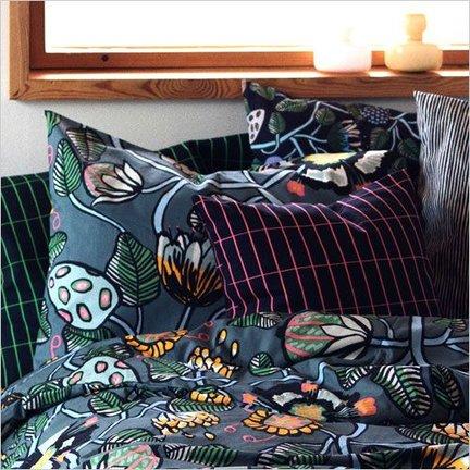 Scandinavian cushions bedroom
