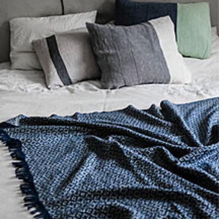 Wollen dekens en keukentextiel van het Finse design merk Lapuan Kankurit
