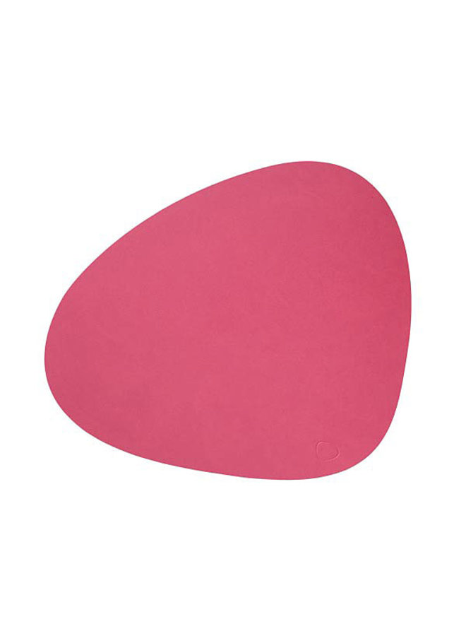 Lind DNA placemat Curve L in leather, raspberry colour