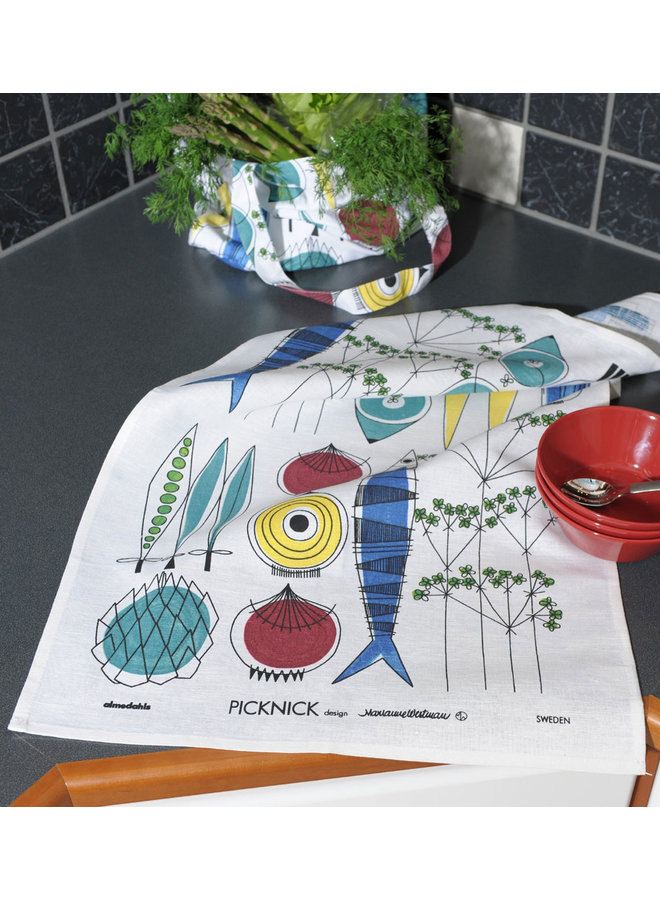 Almedahls Picnic tea towel with vegetables and fish pattern