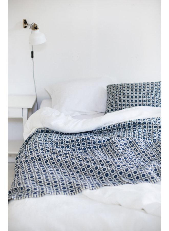 Corona weiche Wolldecke in blau / grau