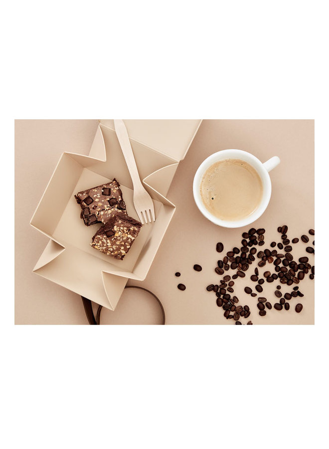Uhmm box mocha folding lunch box that you can also use as a plate. With brown strap.