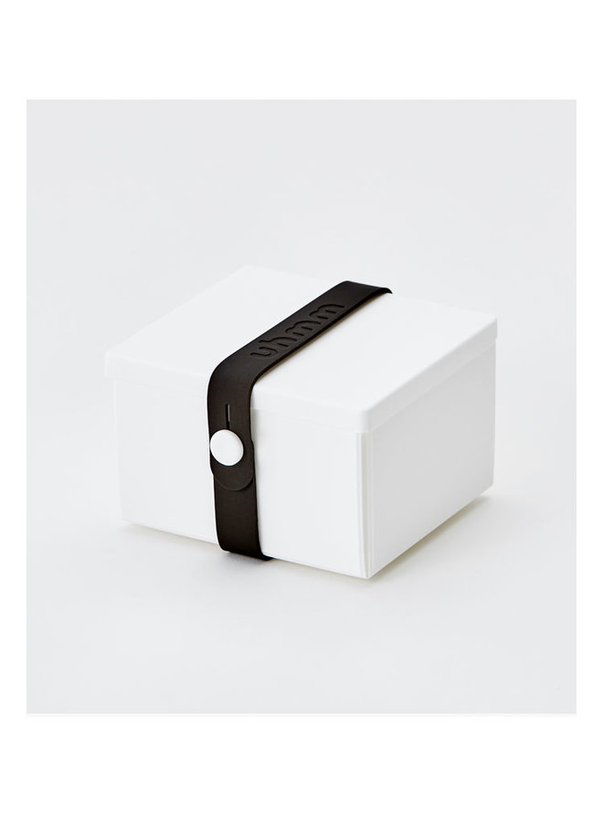 lunch box 02 in white with black strap