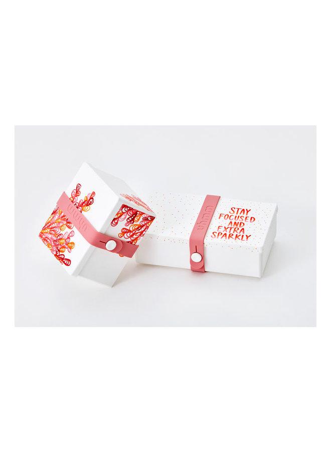 mokka vouwbare lunchbox die je ook als bord kunt gebruiken. Met bruine strap.