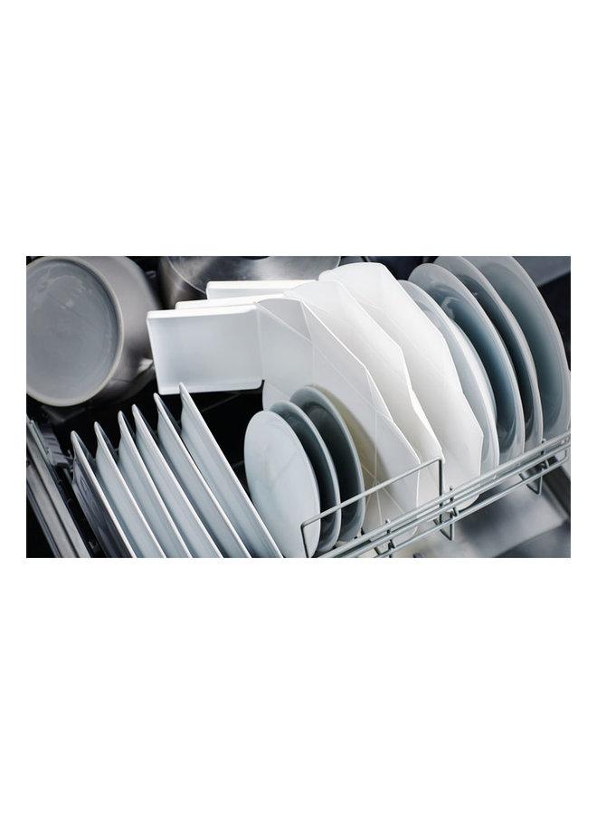 graue faltbare Brotdose, die Sie auch als Teller verwenden können. Mit schwarzem Gurt.