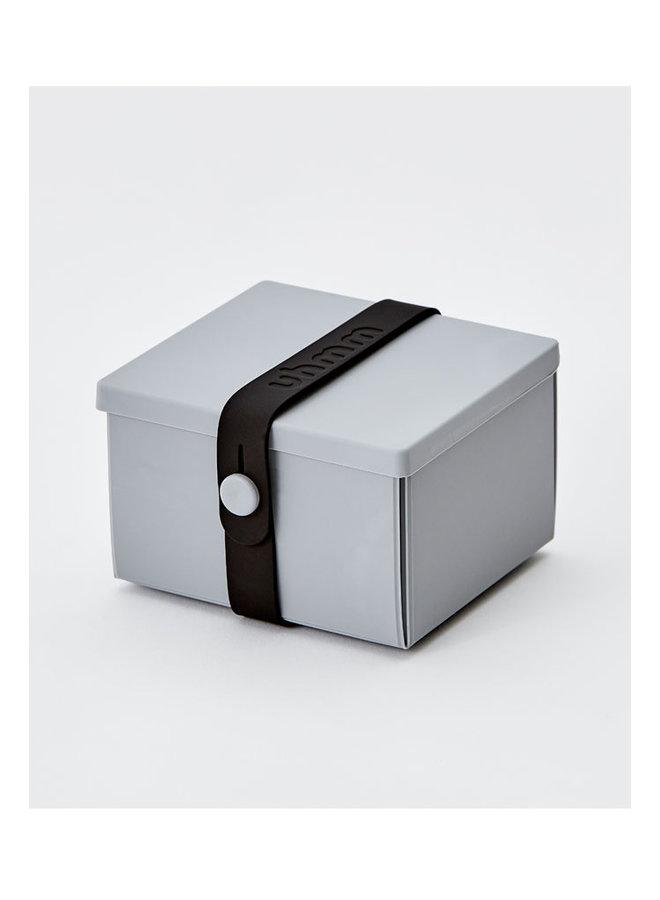 Lunchbox 02 in grau mit schwarzem Gurt