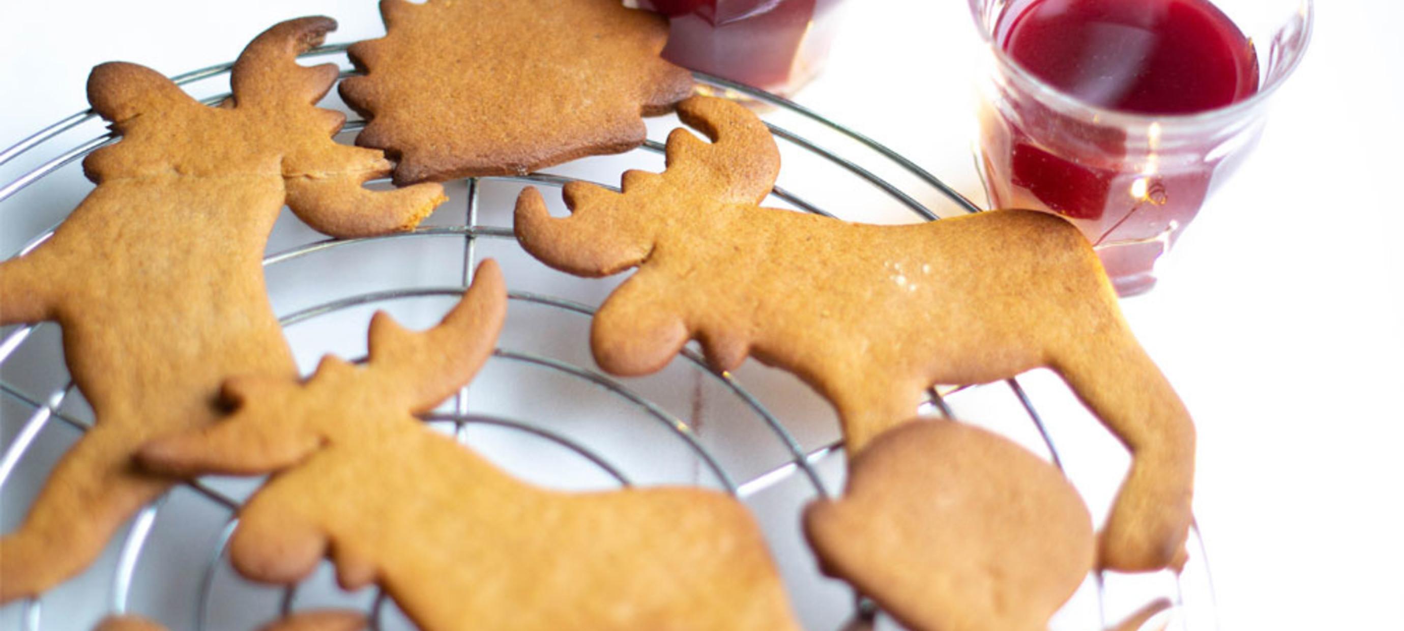 9 december Pepparkakans dag in Zweden. Heerlijke kruidige koekjes!