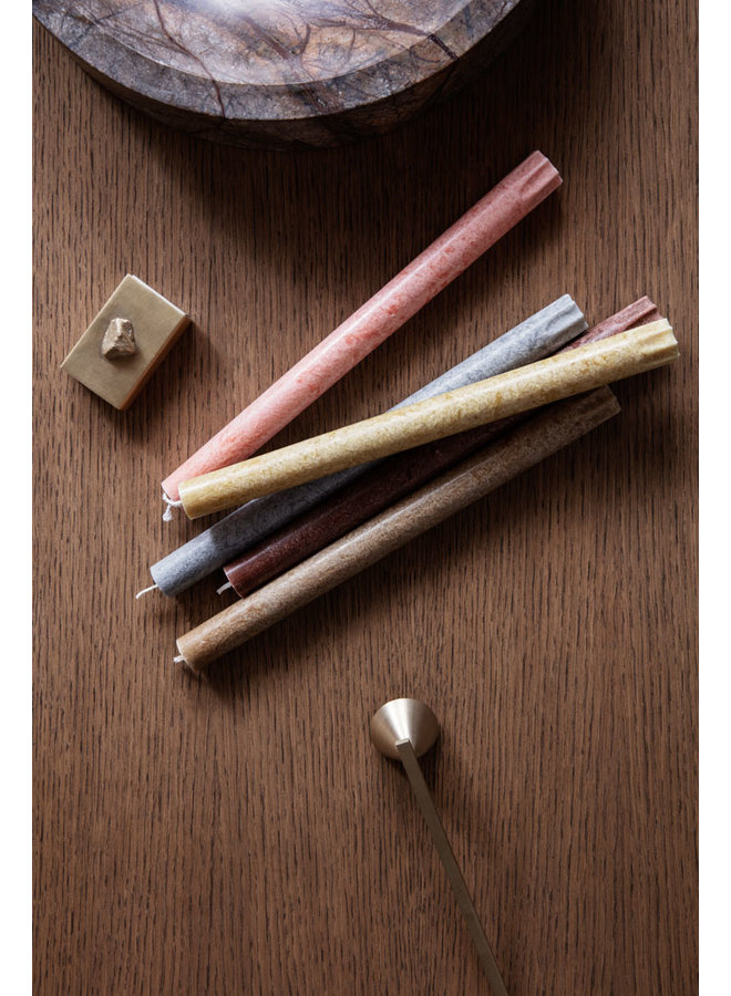 Ferm Living red-brown dinner candles Uno, in a set of 16 pieces