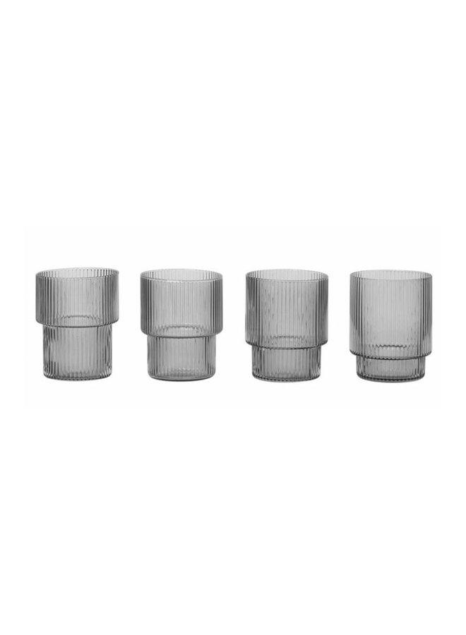 vier Gläser Ripple in Rauchglas