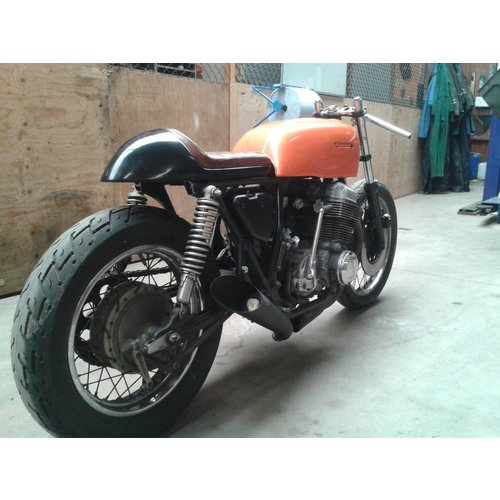 C.Racer Cafe Racer Seat Chocolat Tuck'n'Roll Stitch Bruin Type109