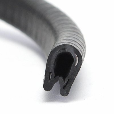 Rubber Edge Protector Black 17mm x 1-4mm