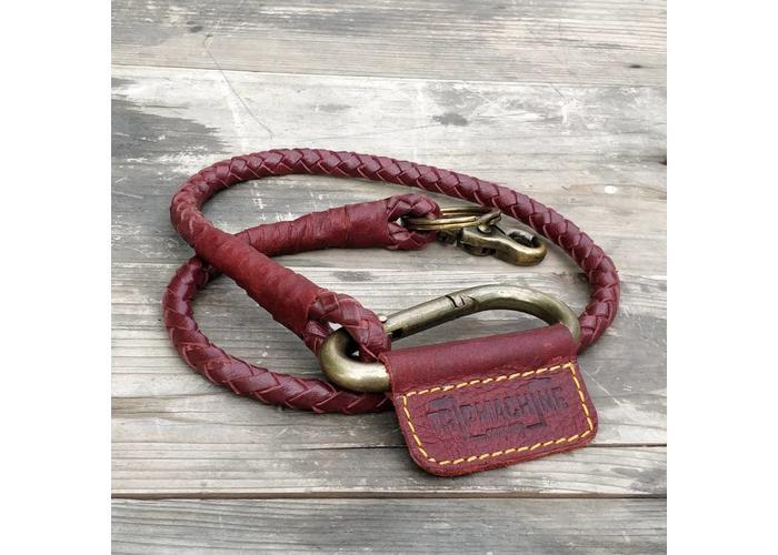 Trip Machine Geflochtener Schlüsselanhänger - Kirschrot