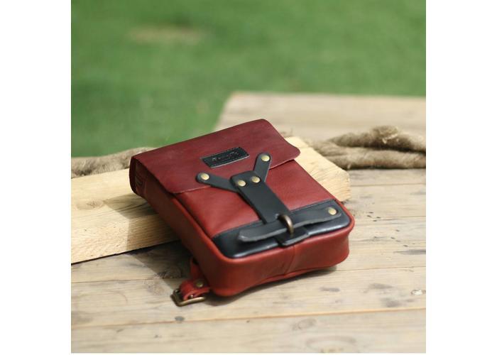 Trip Machine Sacoche cavalière - Rouge Cerise