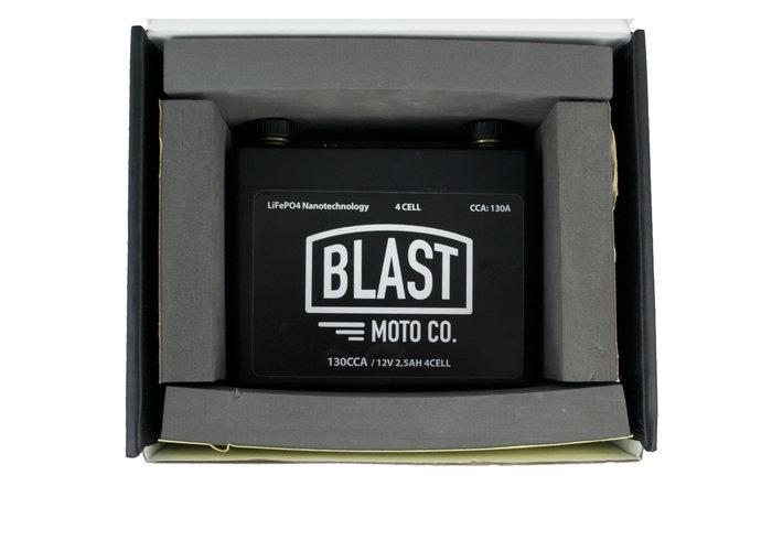 Blast Moto Co. 130CCA Lithium Accu, Compact en krachtig!