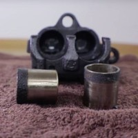 How to remove brake caliper pistons