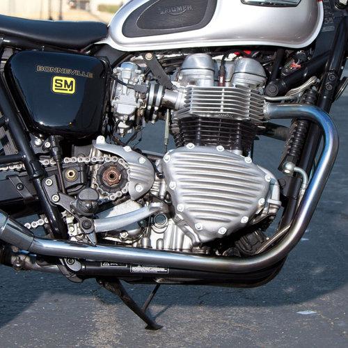 Gerippte Statorabdeckung Triumph T100 & 865 Modelle