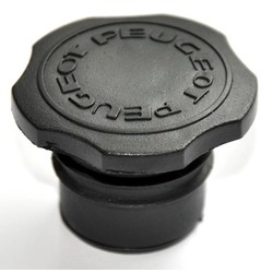 Fuel cap Peugeot 103 30mm Black