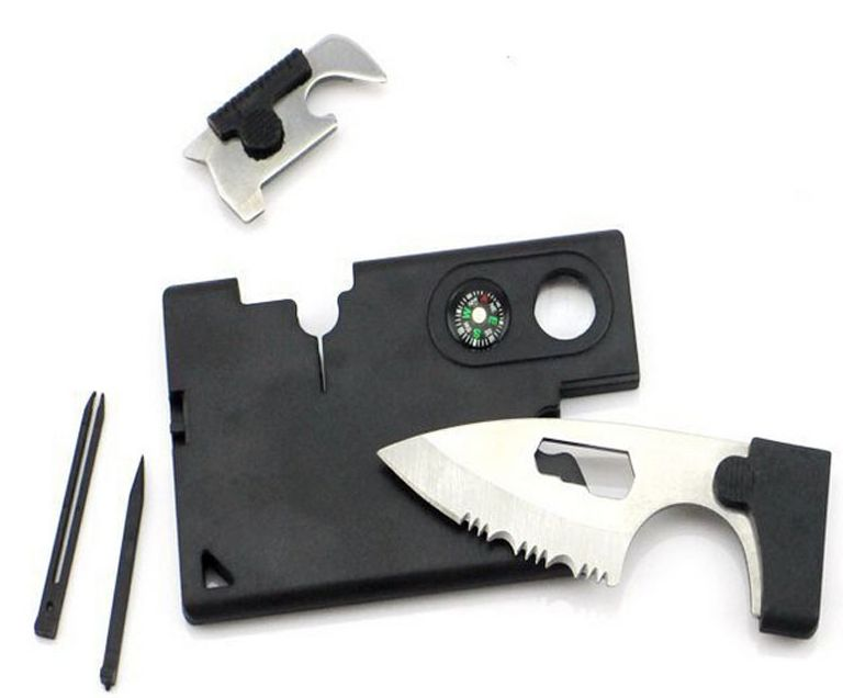 Met deze multifunctionele survivaltool ter grootte van een credit card formaat ben je voorbereid op alle ...