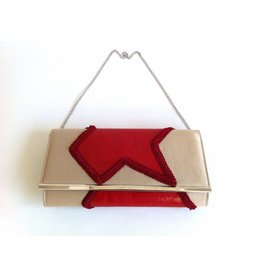 FeetAffair Clutch Pam