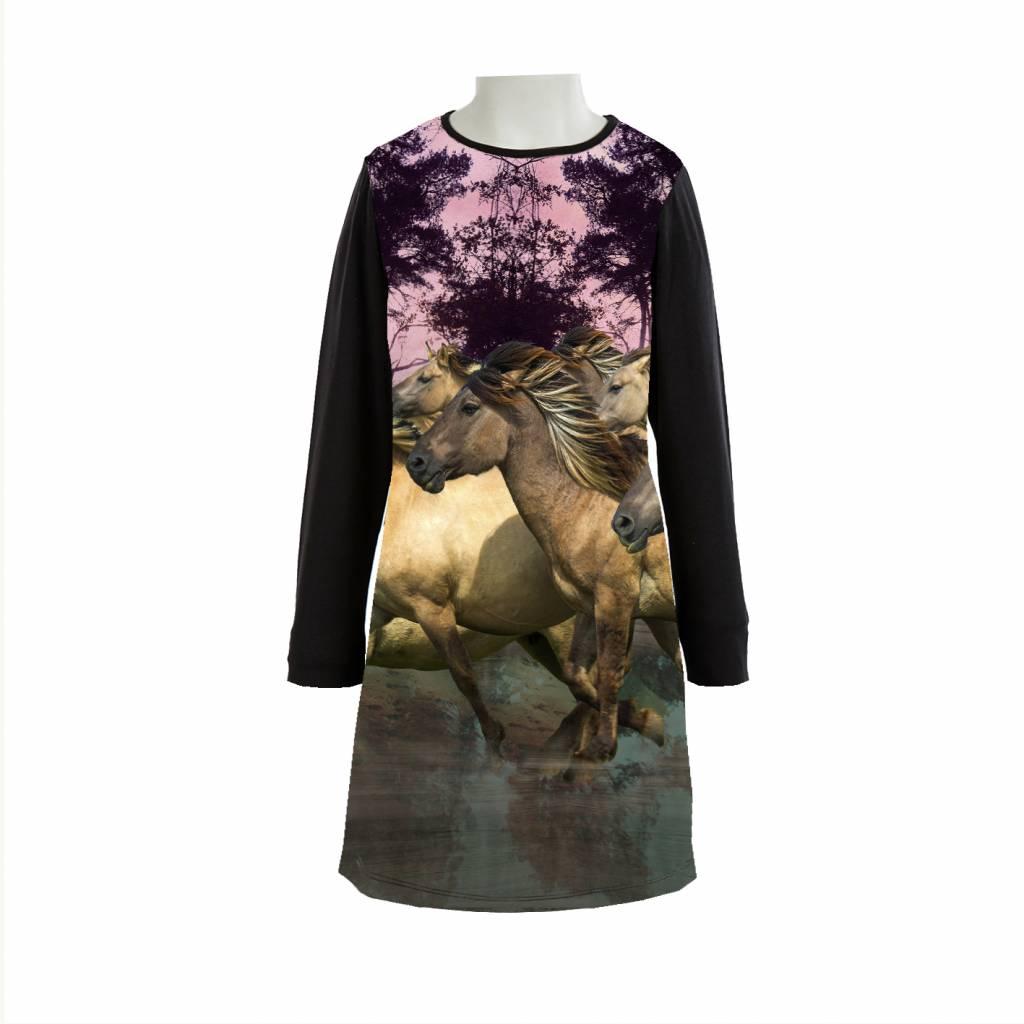 YARA - WILD HORSES