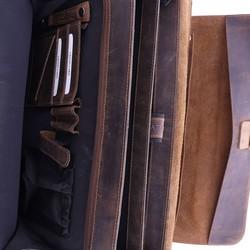 Plevier Darwin Leren 2-vak Laptoptas 15,6 inch Bruin