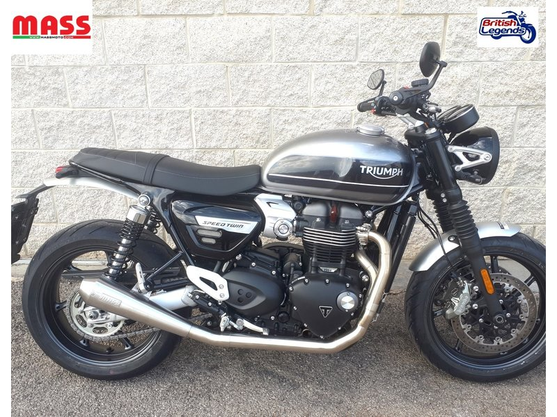 "MASS Moto ""Tromb"" Exhaust System for Triumph Speed Twin"