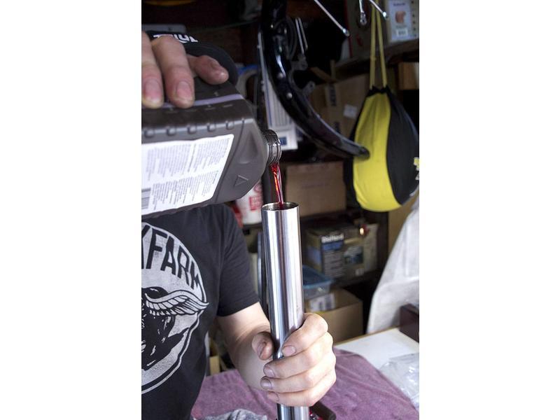 Fork Oil Gauge and Syringe