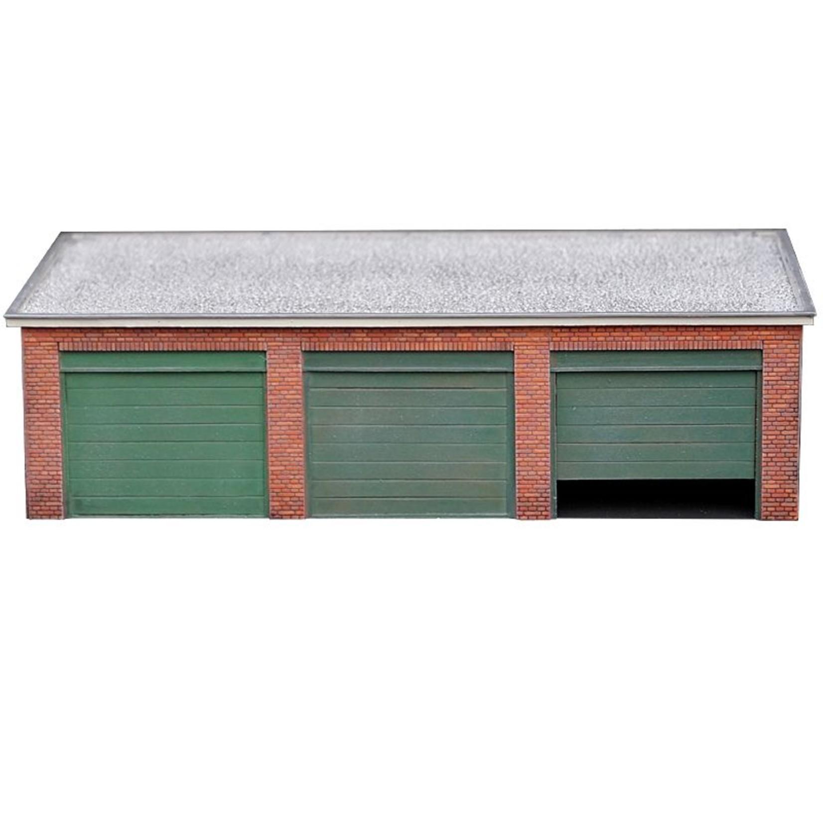 Brick garage flat roof