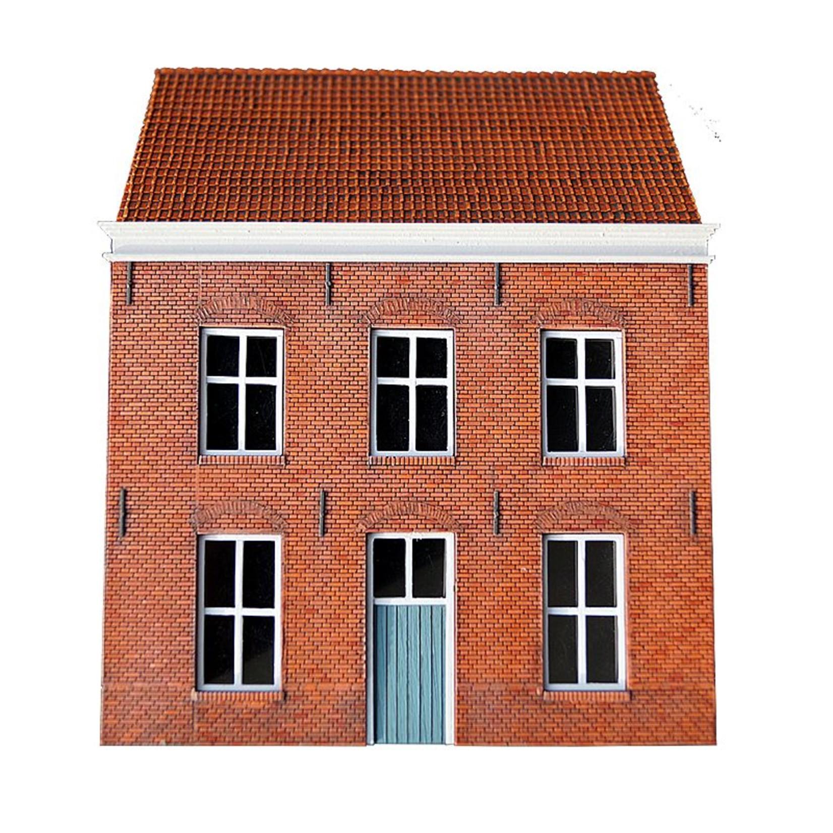 """Facade """"Five windows"""""""