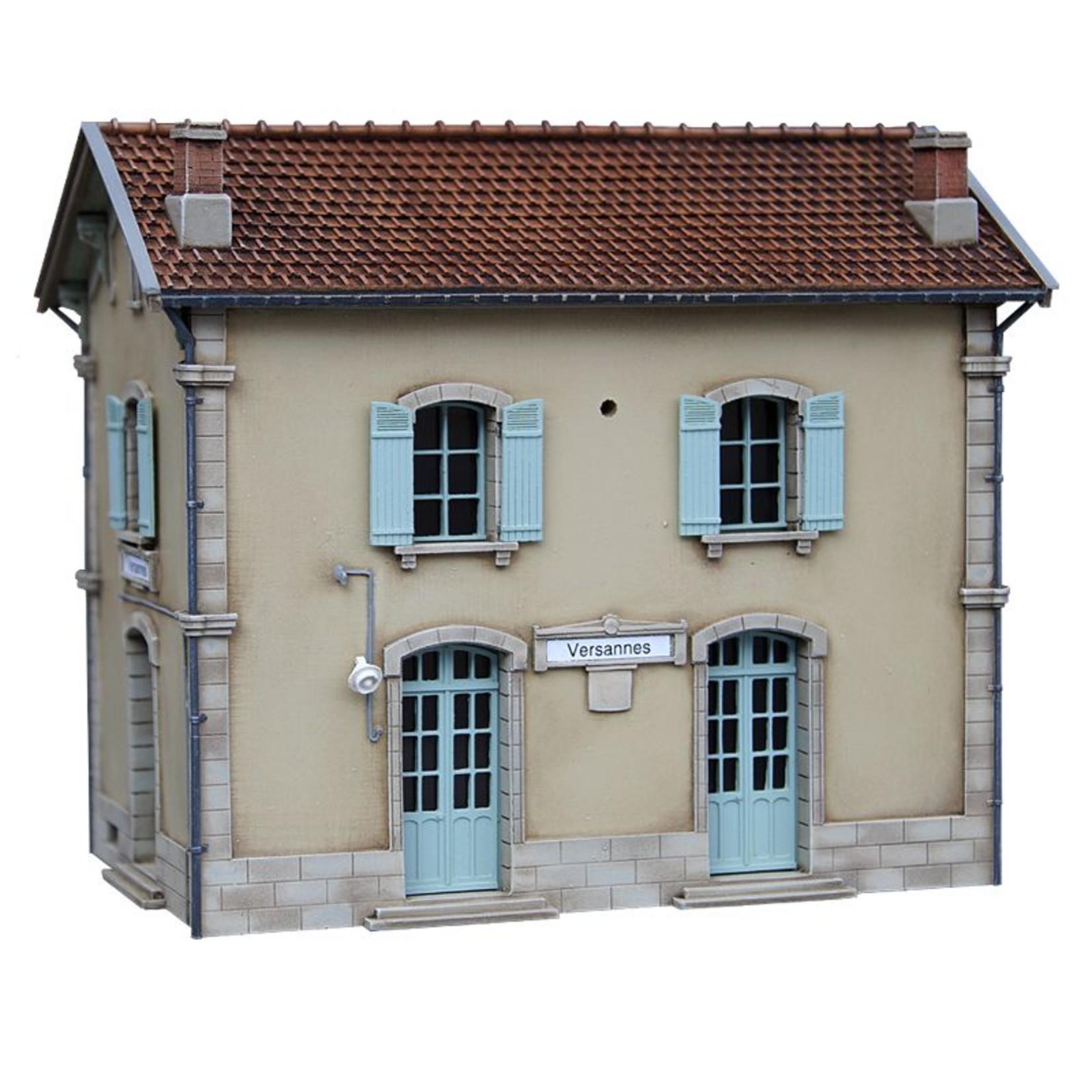 Station/Gare des Versannes