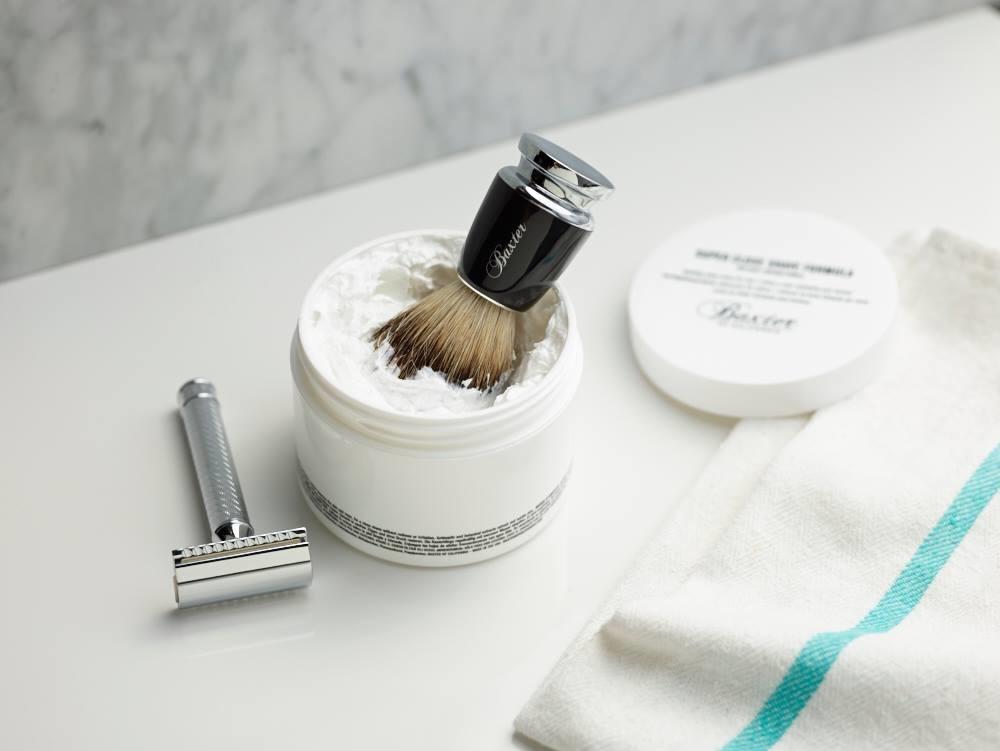 schaamhaar scheren met een safety razor