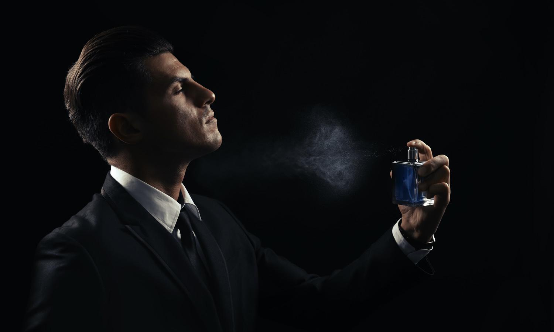 hoe parfum langer laten ruiken