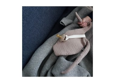 The Cuddly Rabbit Cloth