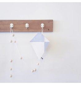 Bisou de Lou Kite   Hanger Grey and White